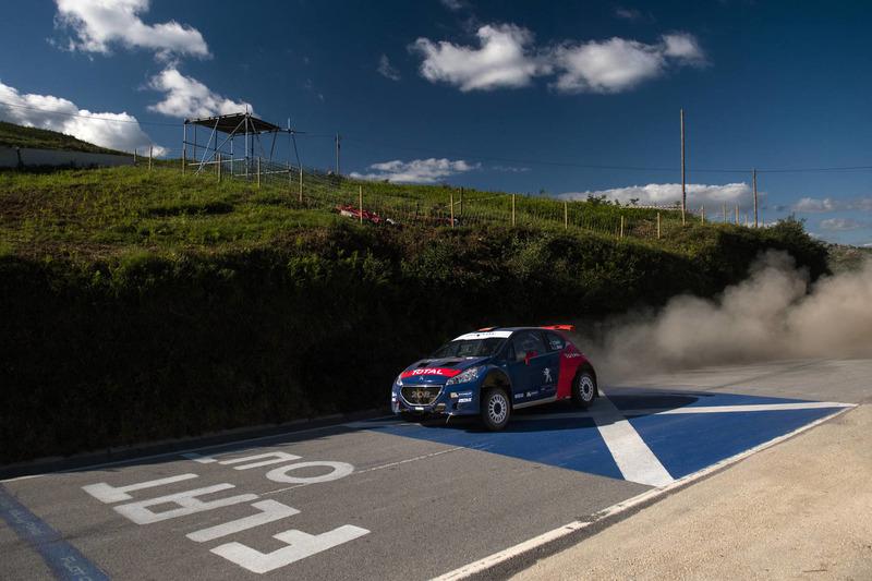 Carlos Sainz, Luis Moya, Peugeot 208T16