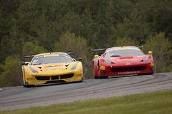 #31 TR3 Racing Ferrari 488 GT3: Daniel Mancinelli, Niccolo Schiro, #013 R. Ferri Motorsport Ferrari 458 GT3: Terry Borcheller, Marc Muzzo