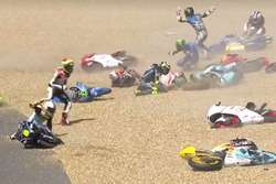 Insiden Kecelakaan Moto3