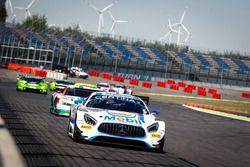 #20 Mercedes-AMG Team Zakspeed, Mercedes-AMG GT3: Nikolaj Rogivue, Nicolai Sylvest
