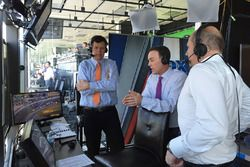 Michael Waltrip and Kevin Harvick in the TV commentator's booth
