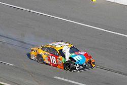 Kyle Busch, Joe Gibbs Racing, Toyota, nach Crash