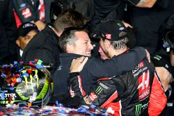 Kurt Busch, Stewart-Haas Racing Ford ve Tony Stewart