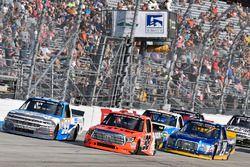Brandon Jones, Chevrolet; Grant Enfinger, ThorSport Racing, Toyota