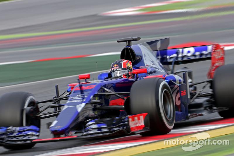19: Daniil Kvyat, Toro Rosso STR12, 1:22.956, softs, day 2 (100 laps)