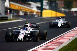Lance Stroll, Williams FW40, Paul di Resta, Williams FW40