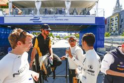Оливер Тёрви, NEXTEV TCR Formula E Team, Жан-Эрик Вернь, Techeetah, Стефан Сарразен, Techeetah, и Се