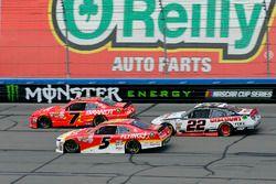 Джастин Алгайер, JR Motorsports Chevrolet, Майкл Аннетт, JR Motorsports Chevrolet и Джой Логано, Tea