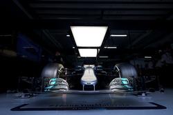 Mercedes AMG F1 W08 в гараже
