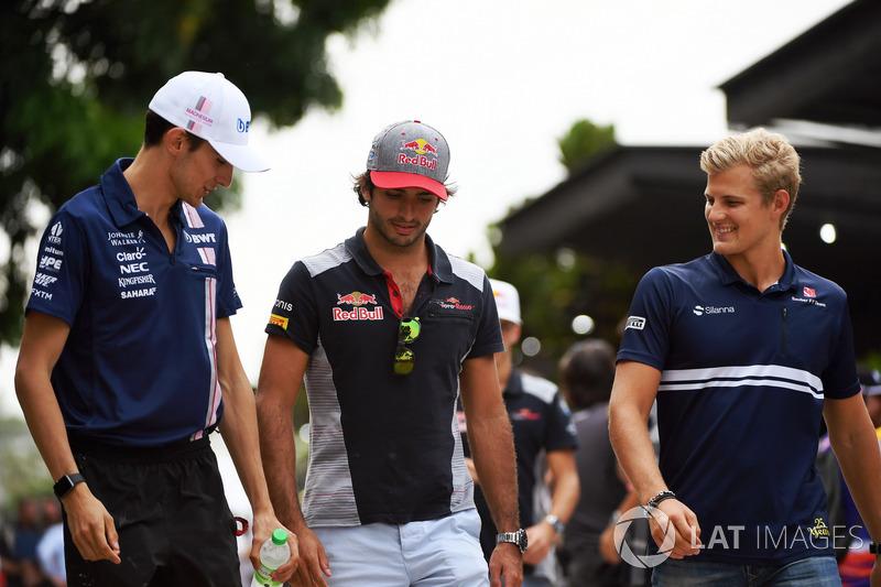 Esteban Ocon, Sahara Force India F1, Carlos Sainz Jr., Scuderia Toro Rosso y Marcus Ericsson, Sauber