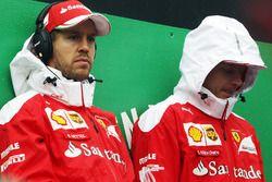Fahrerparade: Sebastian Vettel, Ferrari; Kimi Räikkönen, Ferrari