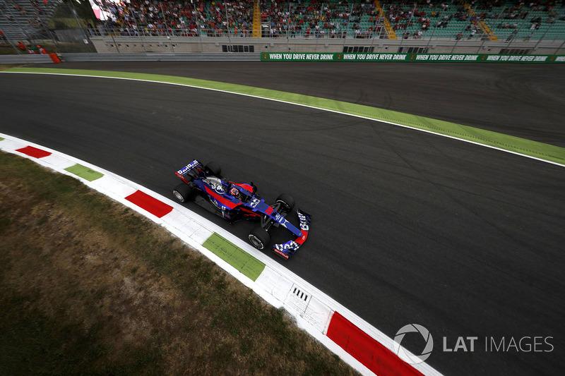FP1 - Daniil Kvyat, Scuderia Toro Rosso STR12