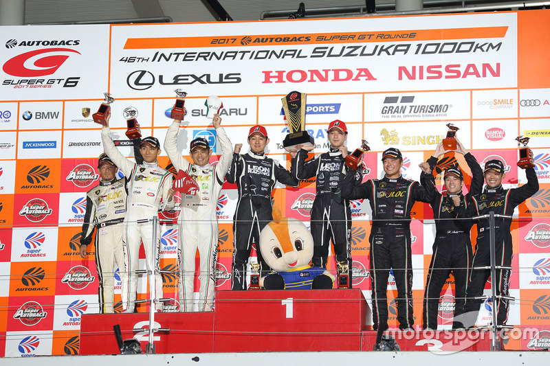 Podium GT300: race winners #65 K2 R&D Leon Racing Mercedes SLS AMG GT3: Haruki Kurosawa, Naoya Gamou, second place #88 JLOC Lamborghini GT3: Manabu Orido, Kazuki Hiramine, third place #87 JLOC Lamborghini GT3: Shinya Hosokawa, Kimiya Sato