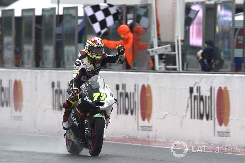 Ganador de la carrera Dominique Aegerter, Kiefer Racing