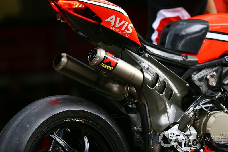 Akrapovic Exhaust On The Bike Of Chaz Davies Ducati Team At Lausitzring