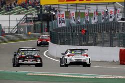 Davit Kajaia, GE-Force, Alfa Romeo Giulietta TCR, Guillaume Mondron, Delahaye Racing, SEAT León TCR