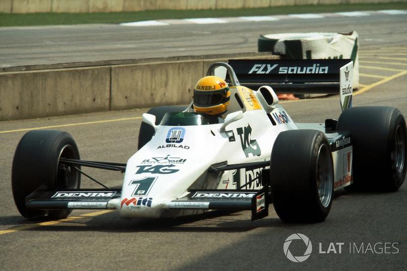 Ayrton Senna, testa Williams FW08C pela primeira vez