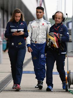 Pascal Wehrlein, Sauber and Josef Leberer, Sauber F1 Physio