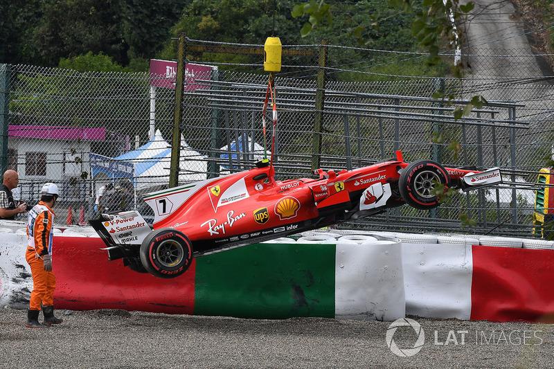 Ferrari, плохой прогноз: Скудерия не сможет быстро разобраться с новой машиной и титул вновь достанется соперникам