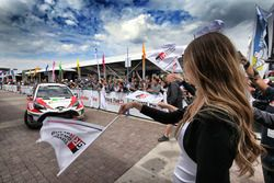 Juho Hänninen, Kaj Lindström, Toyota Yaris WRC, Toyota Racing is arriving at the service park
