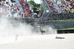 Crash, Maverick Viñales, Yamaha Factory Racing