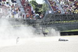 Crash, Maverick Viñales, Yamaha Factory Racing