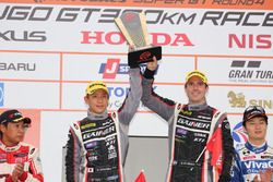 GT300 Podium: race winners #11 Gainer Mercedes SLS AMG GT3: Katsuyuki Hiranaka, Bjorn Wirdheim