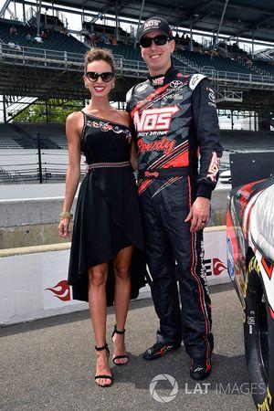Kyle Busch, Joe Gibbs Racing Toyota y Samantha Busch