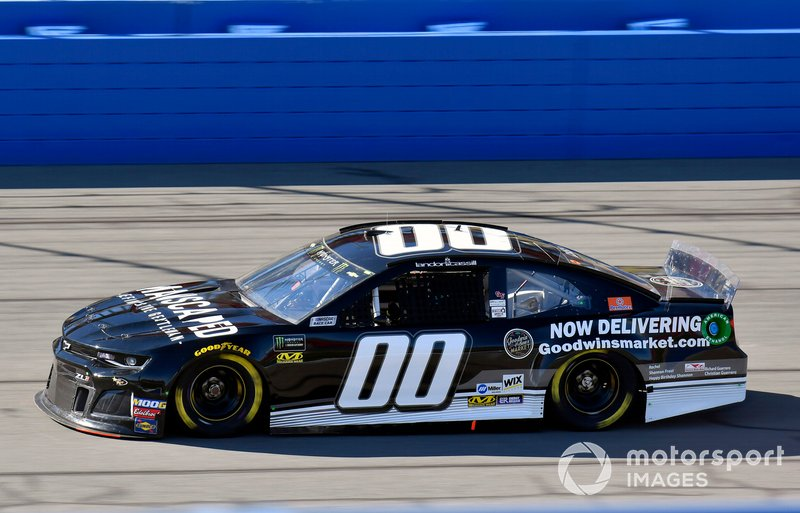 33. Landon Cassill, Manscaped Racing, Chevrolet Camaro Manscaped