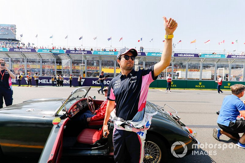 Sergio Perez, Racing Point, durante la drivers parade