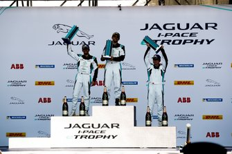 The PRO AM class podium: Bandar Alesayi, Saudi Racing, Ahmed Bin Khanen, Saudi Racing, Lin Qi, Team China