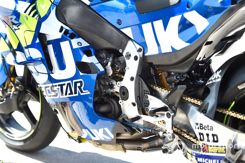 Team Suzuki MotoGP bike detalle