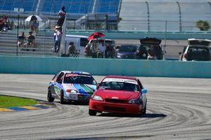 #07 MP4C Honda driven by Osiris Pena & Rafael Rosario of bZ Motorsports