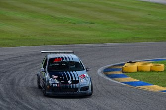 #13 MP2B Volkswagen GTI 2.0T driven by Johary Gonzalez & Fabian Santos of FS Tuning