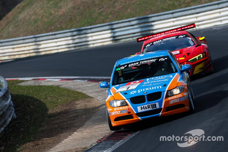 #1 BMW 325i e90: Philipp Leisen, Danny Brink, Christopher Rink