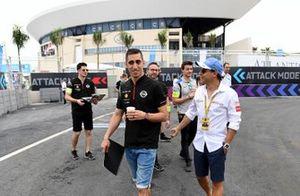 Sébastien Buemi, Nissan e.Dams, with Felipe Massa, Venturi Formula E