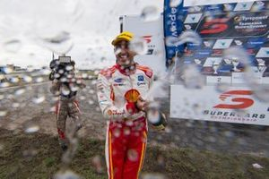 Podium: second place Fabian Coulthard, DJR Team Penske