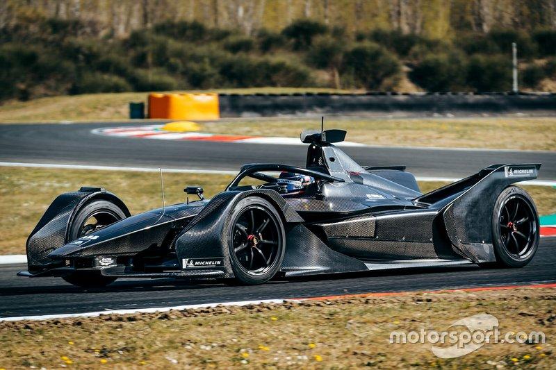 Edoardo Mortara, Mercedes-Benz EQ Silver Arrow 01