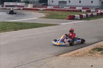 Marc Marquez pilotando un kart Fernando Alonso en Vendrell