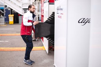 Alfa Romeo Racing team member with floor bodywork