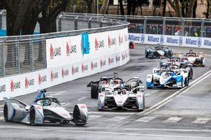 Фелипе Масса и Эдоардо Мортара, Venturi Formula E Team, Venturi VFE05, Максимилиан Гюнтер, Dragon Racing, Penske EV-3