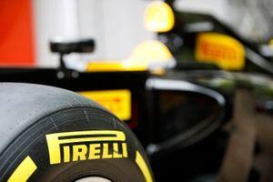 Le logo Pirelli