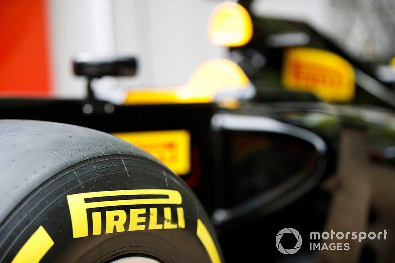 Pirelli logo detail