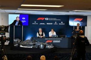 F1-reglementen voor 2021 worden aangekondigd, Jean Todt, President, FIA, Ross Brawn, Managing Director of Motorsports, FOM, Chase Carey, voorzitter Formule 1 en Nikolas Tombazis