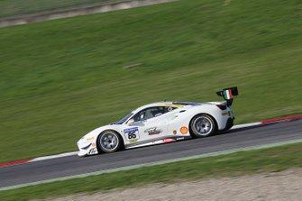 #86 Ferrari 488 Challenge, Gohm Motorsport: Germano Salernitano