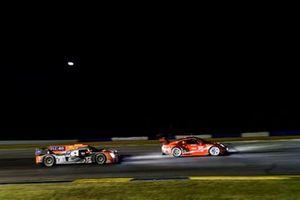 #54 CORE autosport Nissan DPi, DPi: Jonathan Bennett, Colin Braun, Romain Dumas, #911 Porsche GT Team Porsche 911 RSR, GTLM: Patrick Pilet, Nick Tandy, Frederic Makowiecki