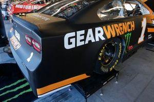 Kurt Busch, Chip Ganassi Racing, Chevrolet Camaro GEARWRENCH quarter panels and deck lid