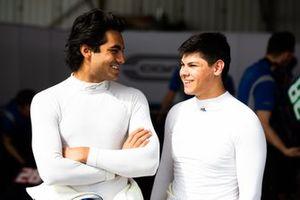 Enaam Ahmed, Carlin Buzz Racing y Cameron Das, Carlin Buzz Racing