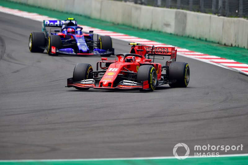 Charles Leclerc, Ferrari SF90 e Pierre Gasly, Toro Rosso STR14