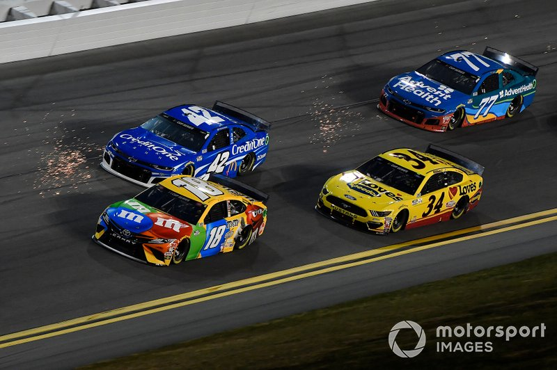 Kyle Busch, Joe Gibbs Racing, Toyota Camry M&M's, Kyle Larson, Chip Ganassi Racing, Chevrolet Camaro Credit One Bank, Michael McDowell, Front Row Motorsports, Ford Mustang Love's Travel Stops, Ross Chastain, Spire Motorsports, Chevrolet Camaro AdventHealth